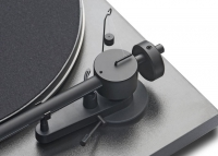 Pro-Ject Essential Basic (mit Ortofon OMB 3E)